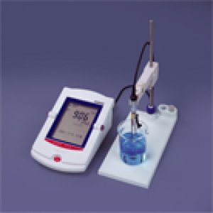 cm-30r-and-cm-25r-benchtop-r-series-conductivity-meters